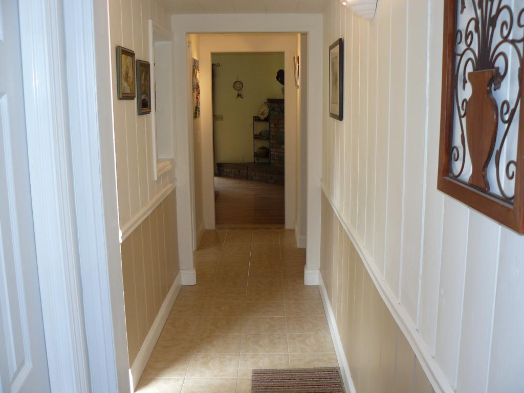 Related Keywords Suggestions For Hallway House